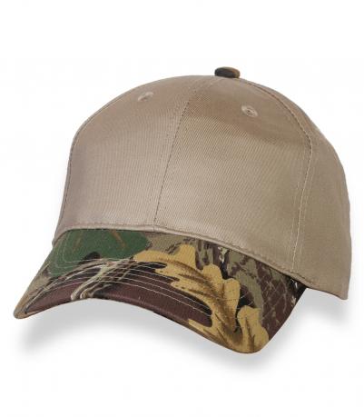 Комбинированная мужская кепка с камуфляжным козырьком