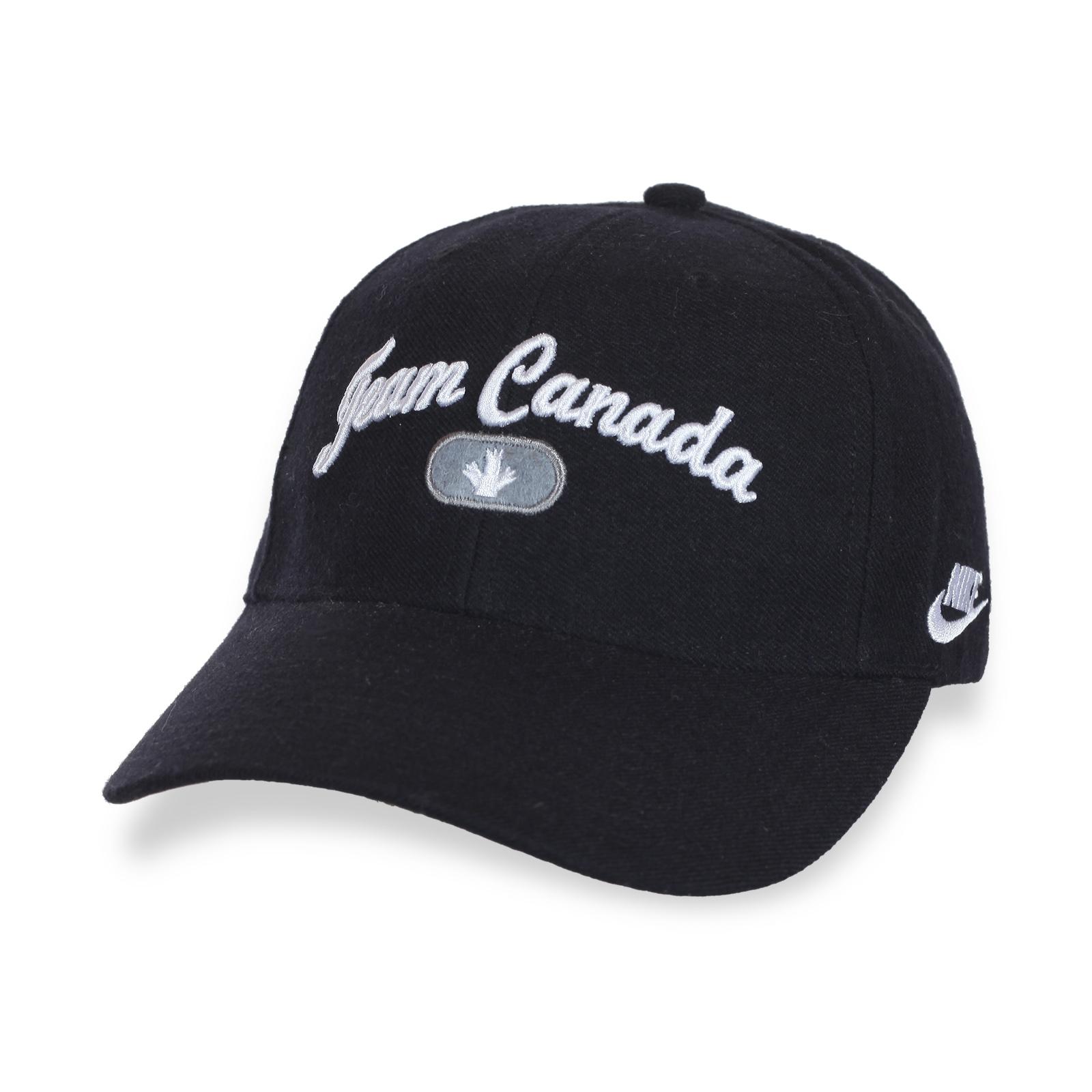 Комфортная бейсболка Team Canada.