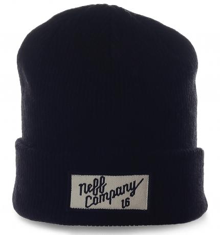 Комфортная мужская шапка Neff. Теплая модель в городском стиле.