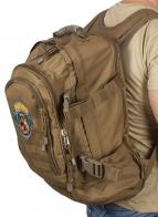 Комфортный рюкзак для мужчины с нашивкой Лучший Охотник