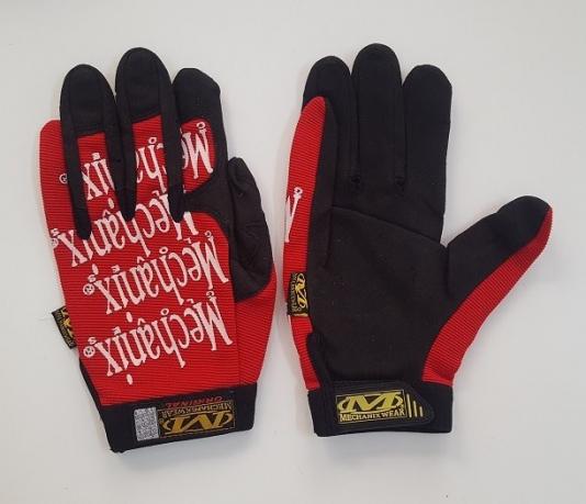 Контрастные перчатки от Mechanix wear с красными вставками
