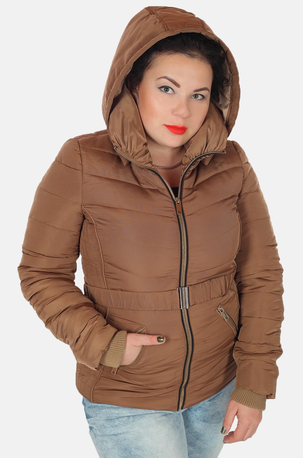 Приталенная курточка с манжетами и капюшоном