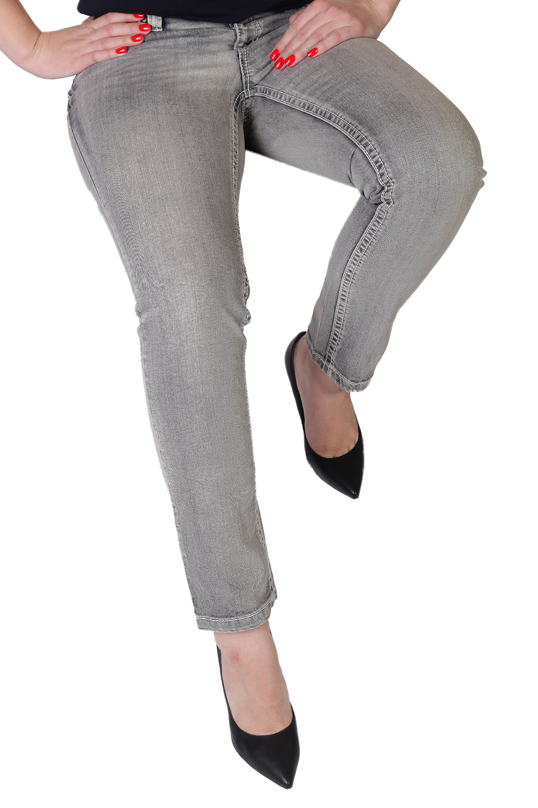 Короткие женские джинсы Bruno Banani – новое слово в джинсовом мире!