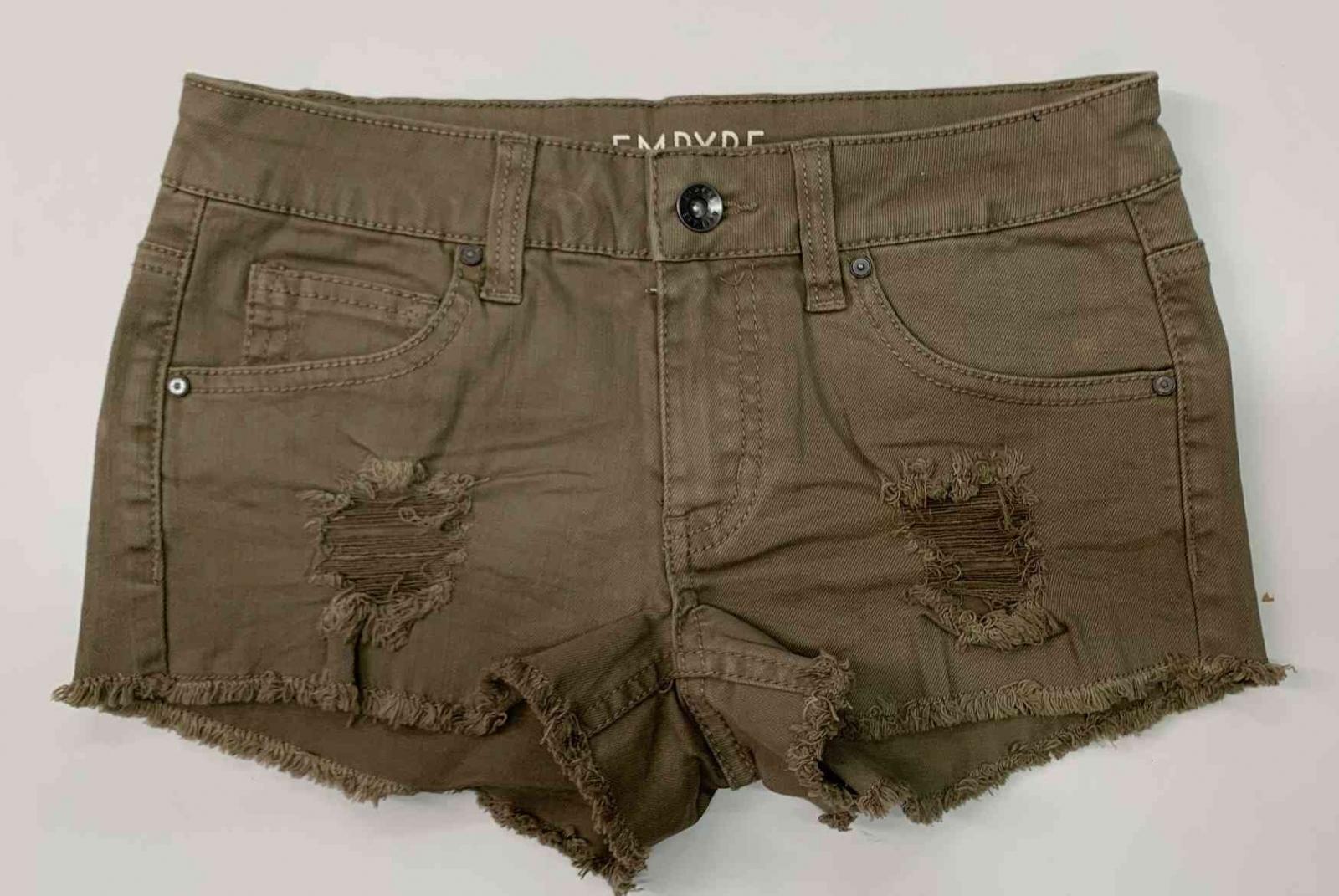 Короткие женские шорты EMPYRE