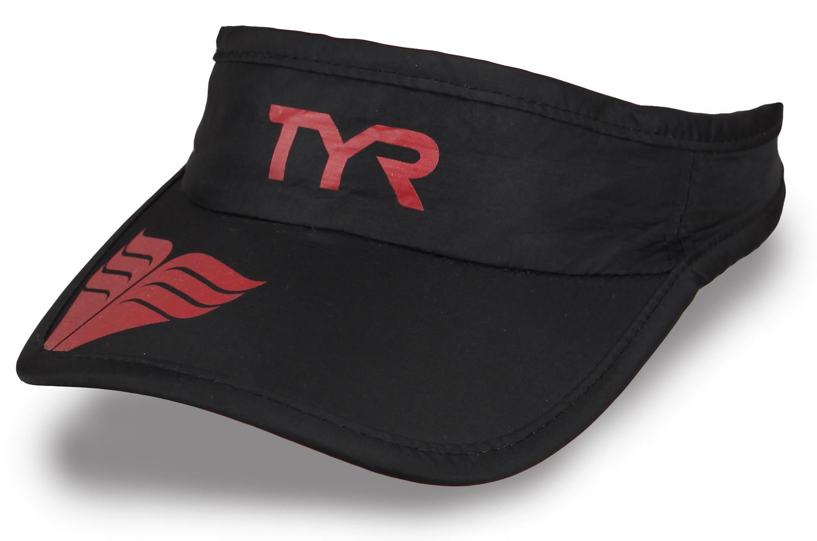 Козырек с британским логотипом TVR