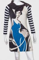 Красивое нежное платье с необычным принтом