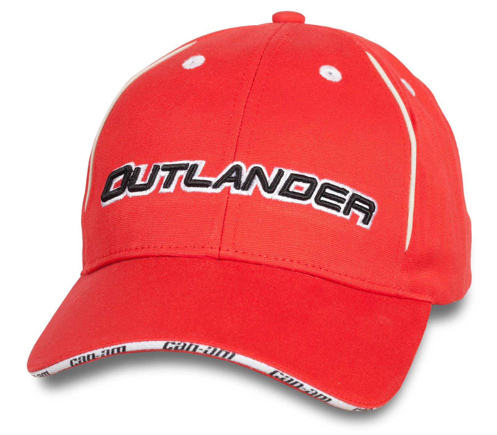 Красная бейсболка Outlander.