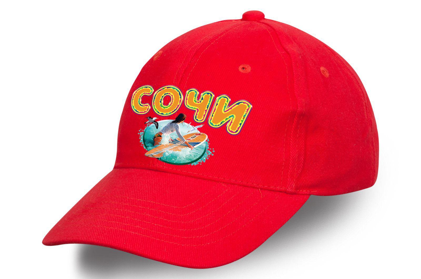 """Красная кепка с принтом """"Сочи"""" - купить с доставкой"""