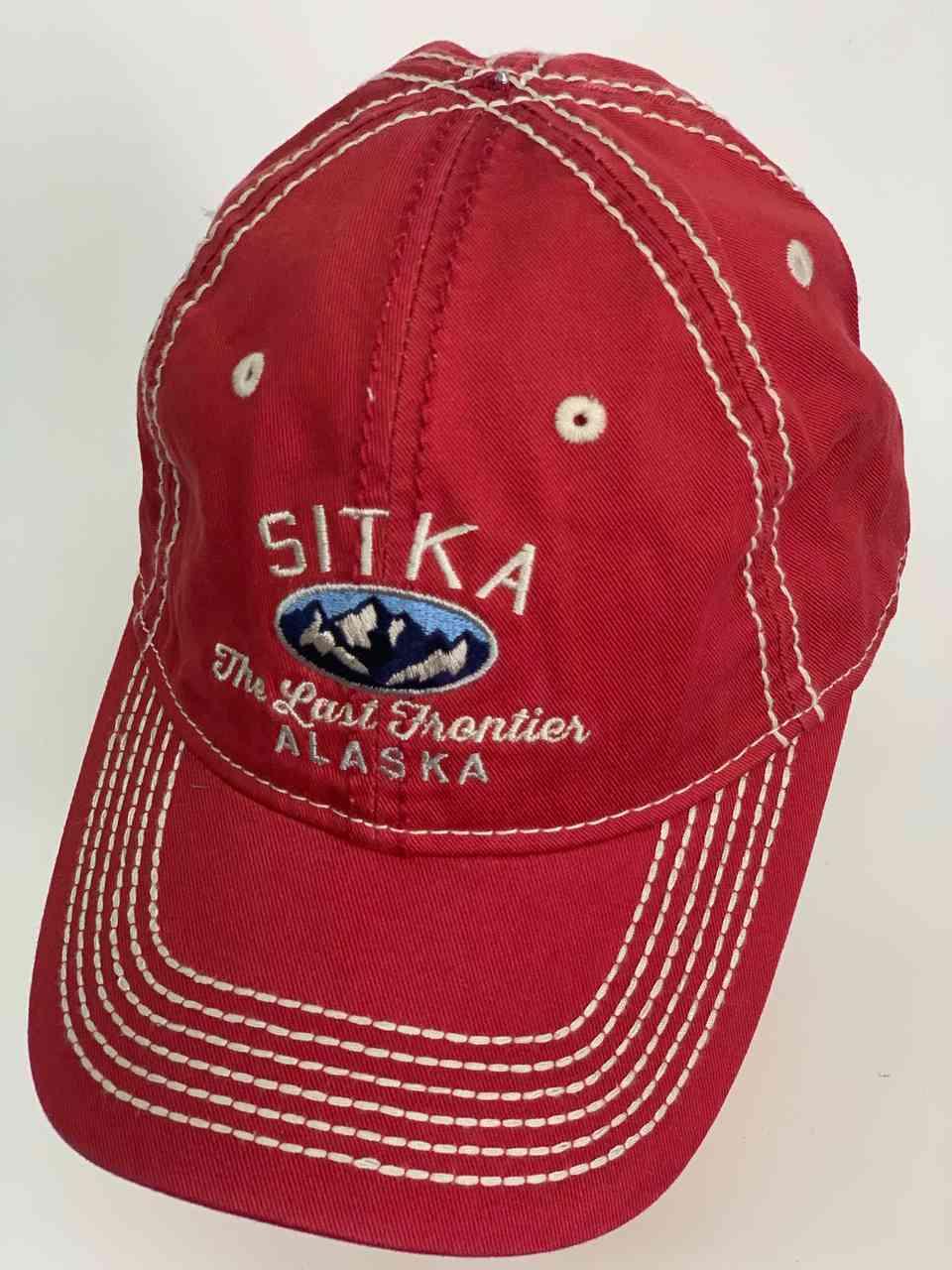 Красная классическая мужская бейсболка SITKA ALASKA