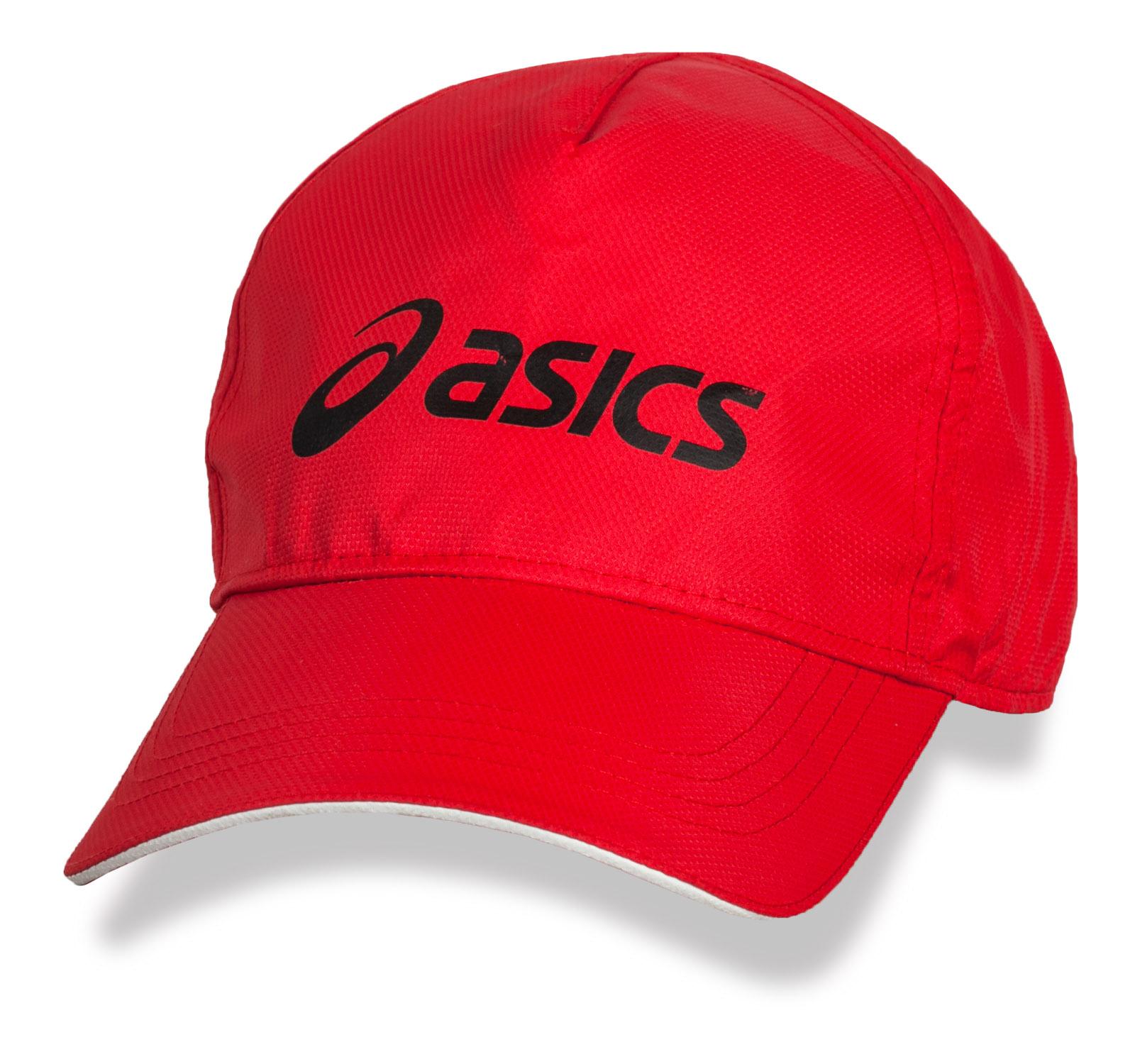 Красная летняя бейсболка Asics