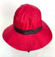 Красная летняя панама с черной лентой