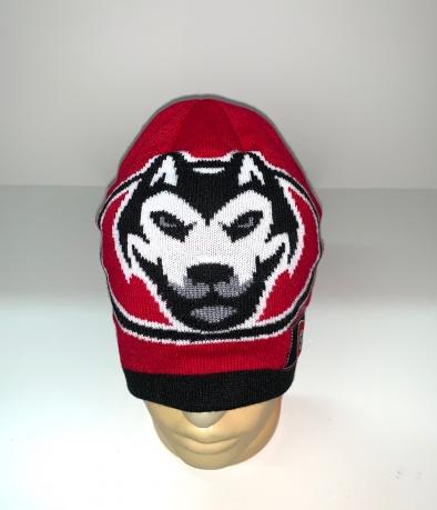 Красная шапка с волком