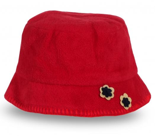 Красная шляпа с цветами
