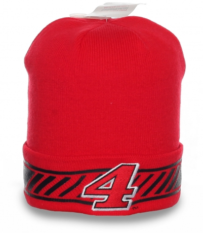Красная спортивная мужская шапка с принтом в гардероб ценителю стиля