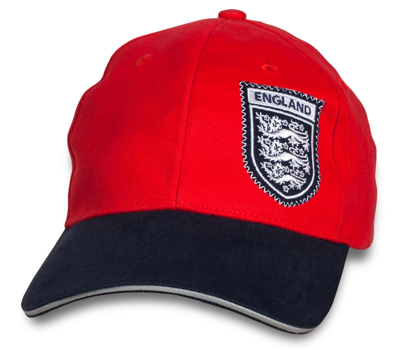 Красная топовая кепка