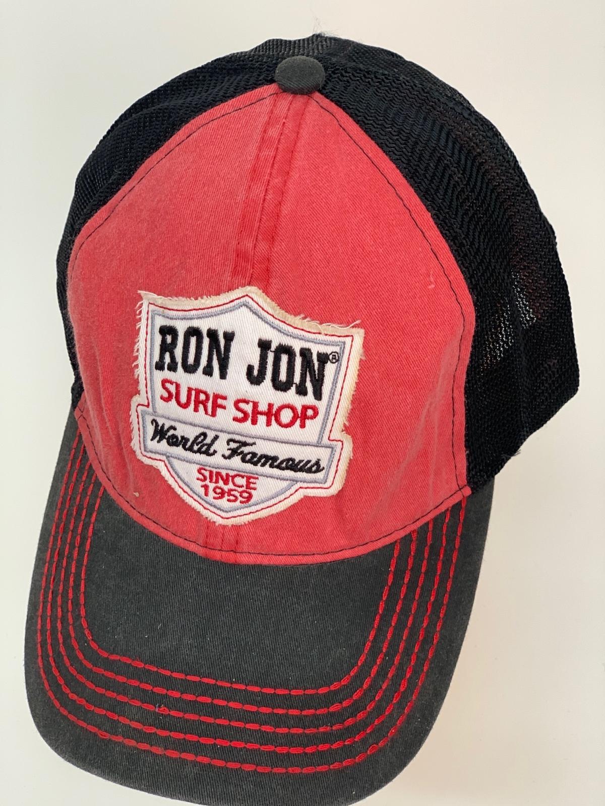 Красно-черная бейсболка Ron Jon с сеткой