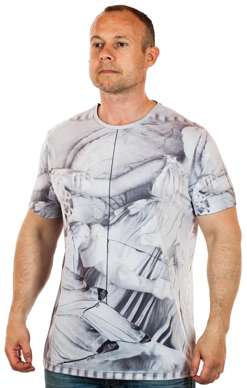 Купить оптом в Москве дешевые мужские футболки