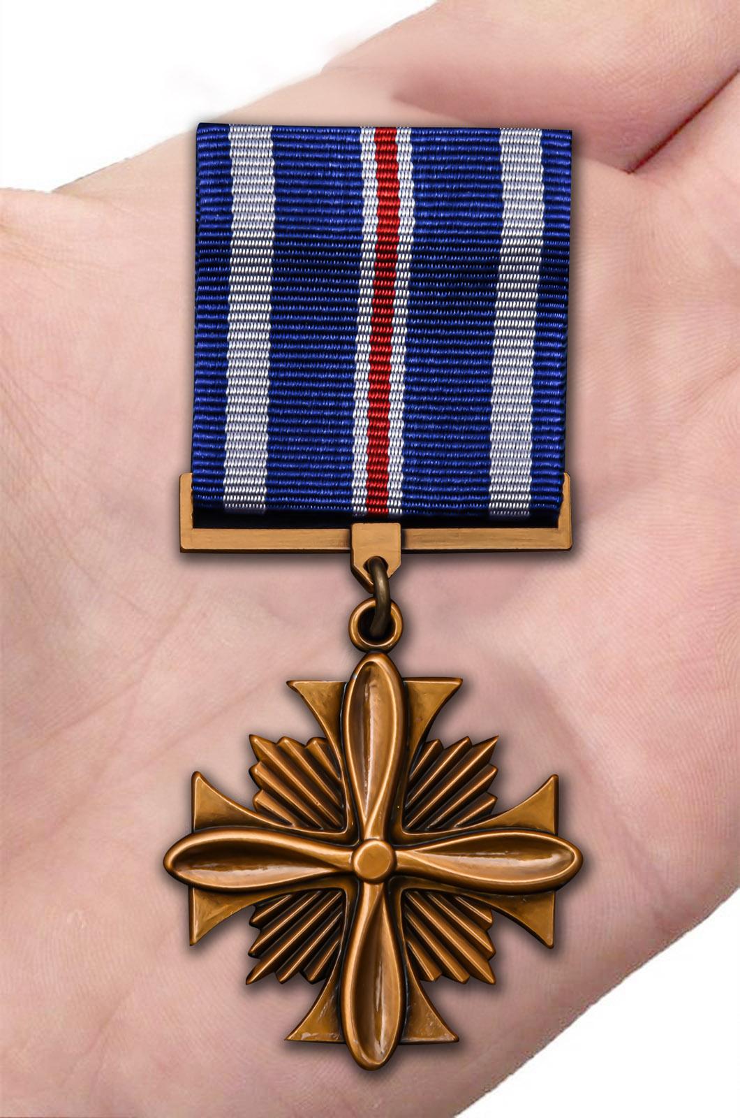 Заказать крест летных заслуг (США)