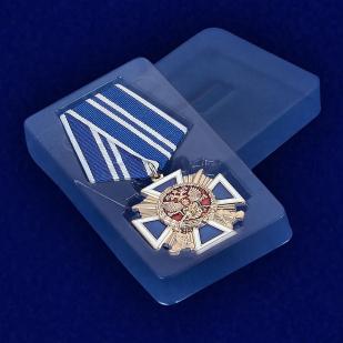 """Крест """"За заслуги перед казачеством"""" 2-й степени - вид в футляре"""