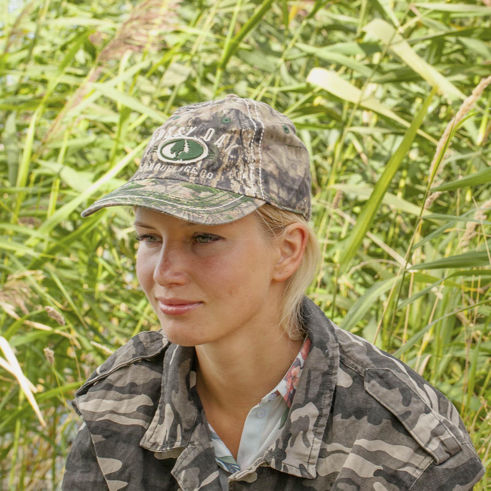 Экипировка, одежда и головные уборы для охотников