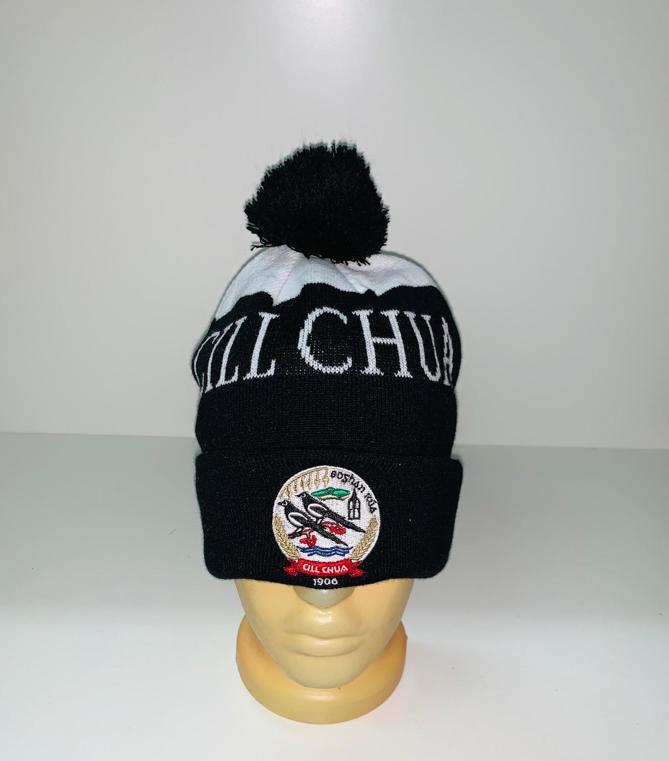 Крутая черная шапка с помпоном