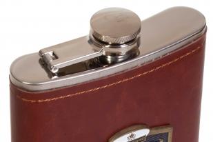 Крутая карманная фляжка с накладкой ВМФ в кожаном чехле - купить в подарок