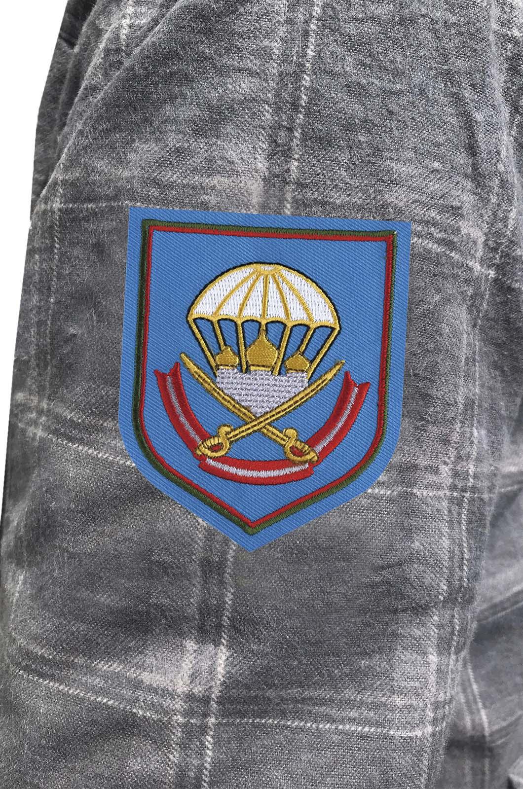 Крутая мужская рубашка с вышитым шевроном 137 ПДП ВДВ - заказать с доставкой