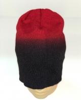 Крутая шапка цвета черно-красный омбре