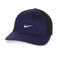 Крутая темно-синяя кепка