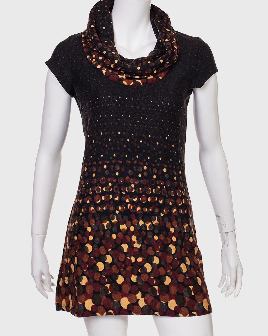Купить крутое черное платье с объемным воротником