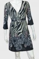 Крутое женское платье с глубоким декольте от Paeme
