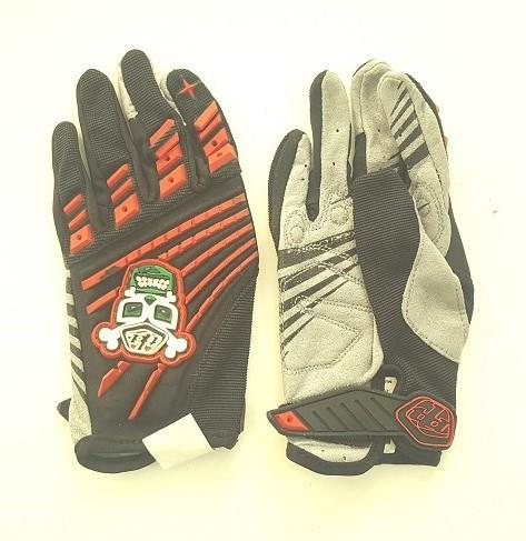 Крутые оригинальные перчатки от Clarino