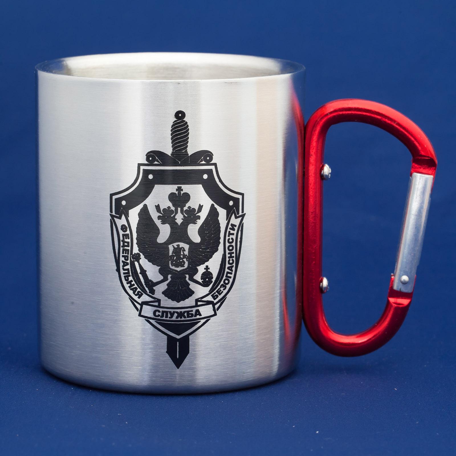 Топовый подарок – алюминиевая кружка-карабин ФСБ.