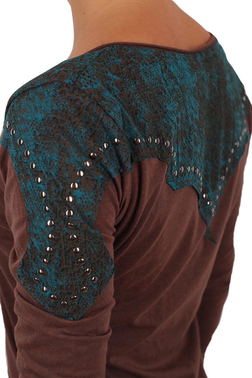 Крутой женский реглан Panhandle Slim. Выигрышный приталенный фасон и авангардный декор плеч. Женственно-бунтарская модель
