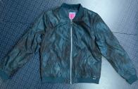 Куртка-ветровка женская TOTTO