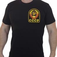 Лаконичная футболка с вышитым гербом СССР