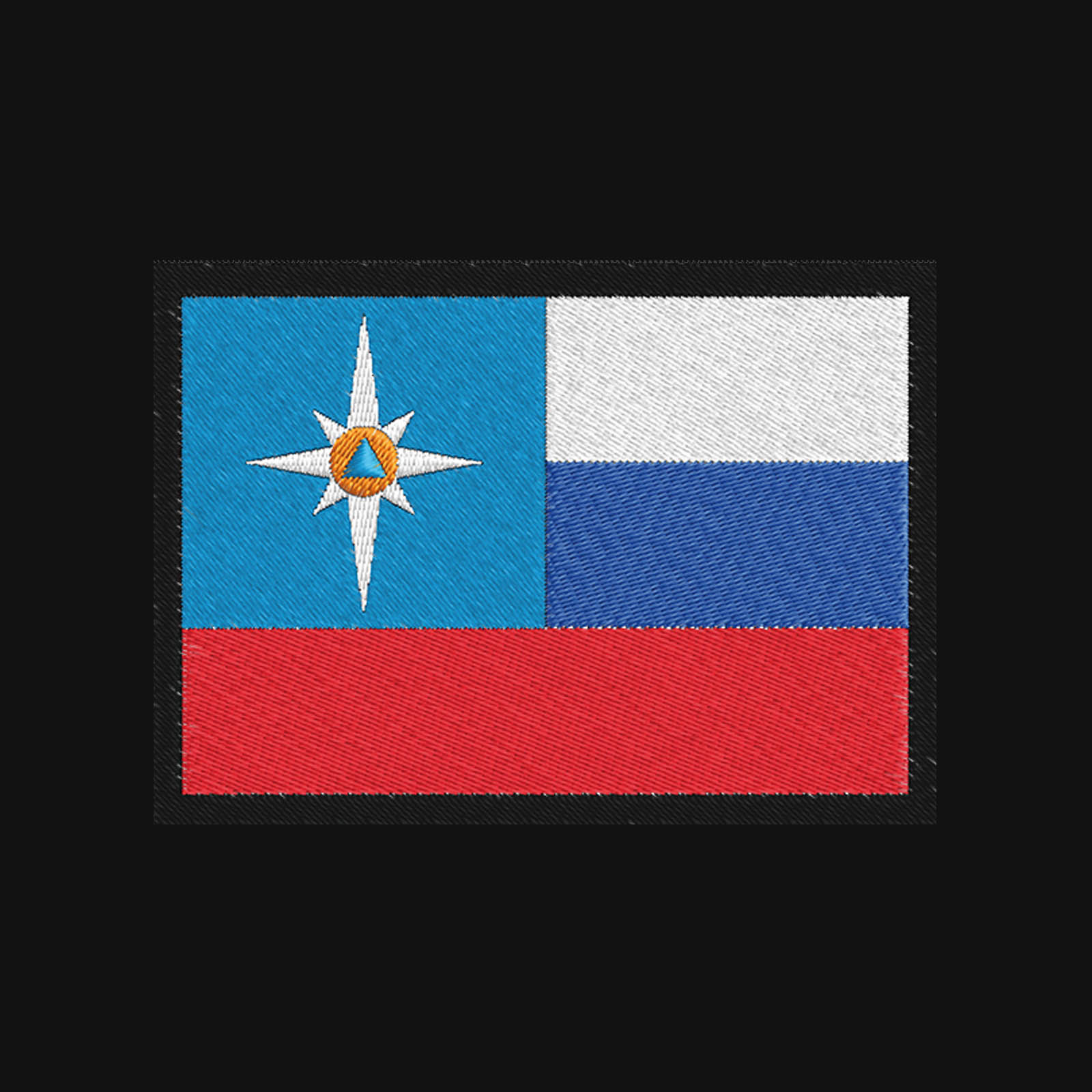 Лаконичная футболка с вышитым шевроном МЧС России