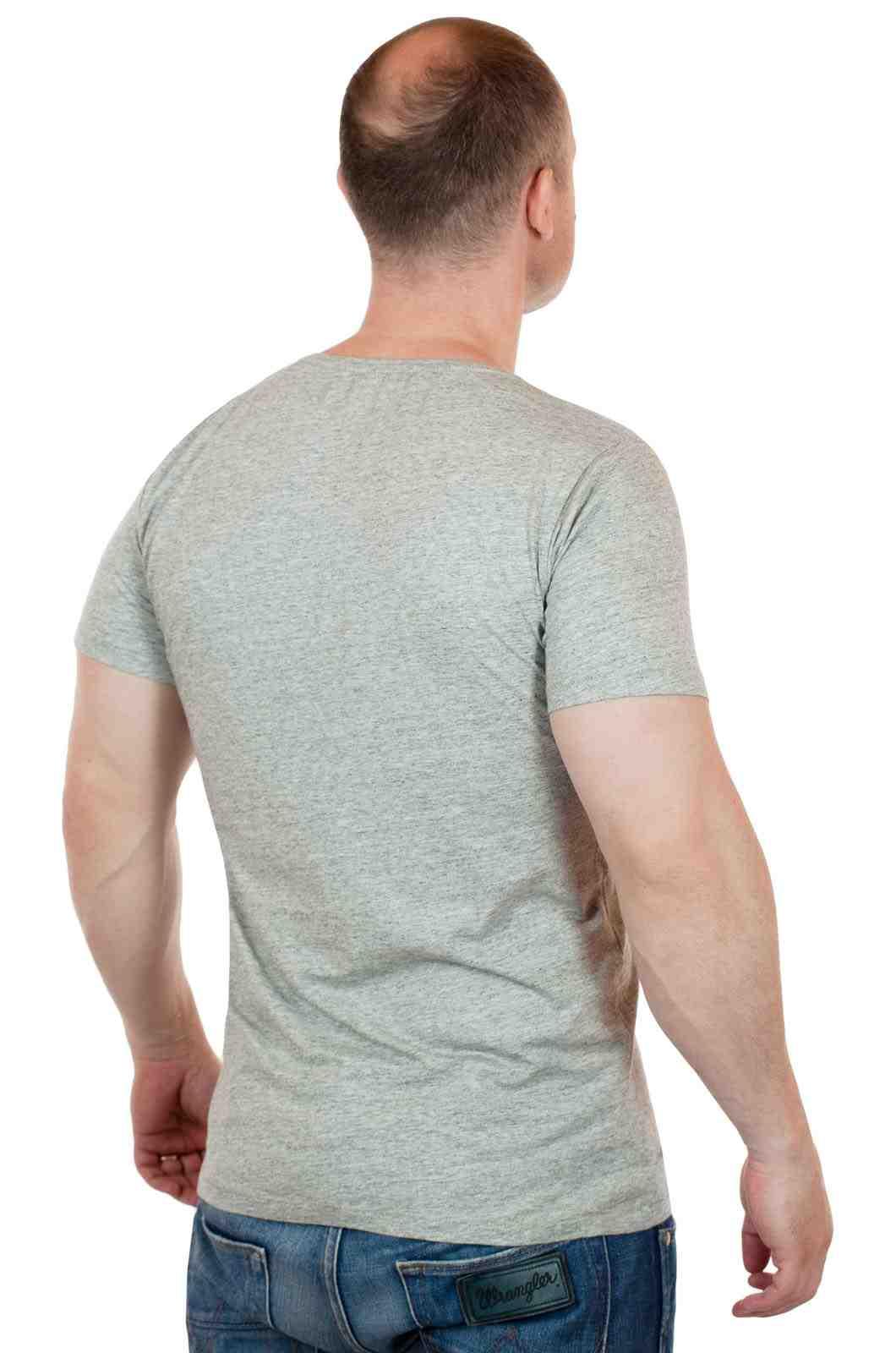 Лаконичная мужская футболка от ARTICLE (США)-сзади
