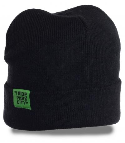 Лаконичная мужская шапка актуального дизайна. Комфортная модель, в которой тепло в любую погоду