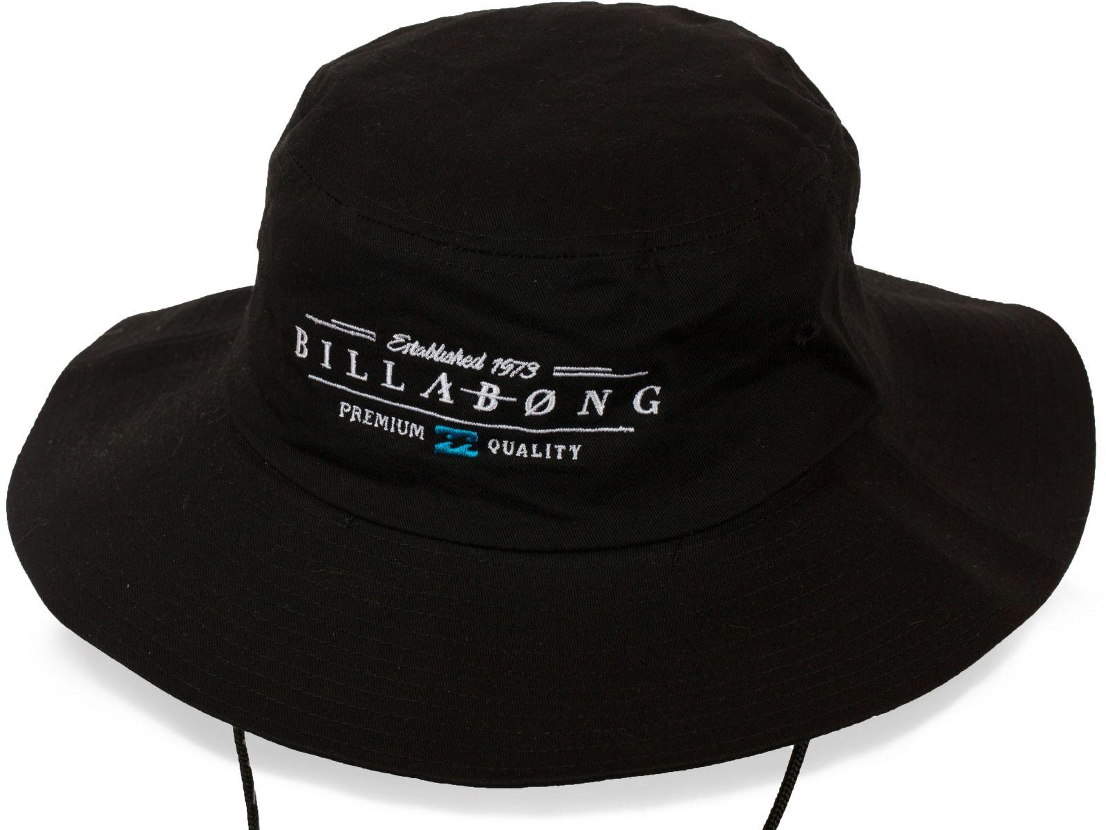 Лаконичная шляпа от бренда Billabong