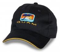 Лаконичная темная бейсболка Guam