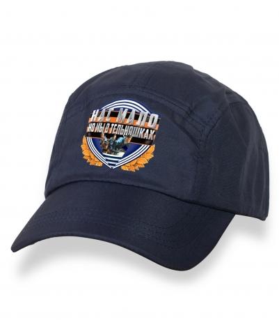 Лаконичная темно-синяя бейсболка с термонаклейкой ВМФ
