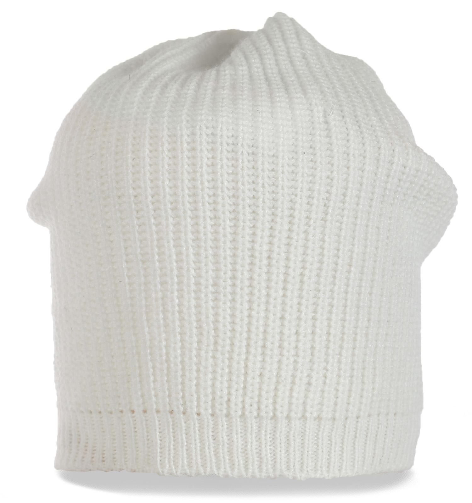 Лаконичная трикотажная женская шапка бини