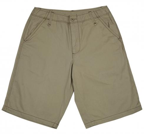 Лаконичные мужские шорты. Удобная повседневная модель из 100% хлопка