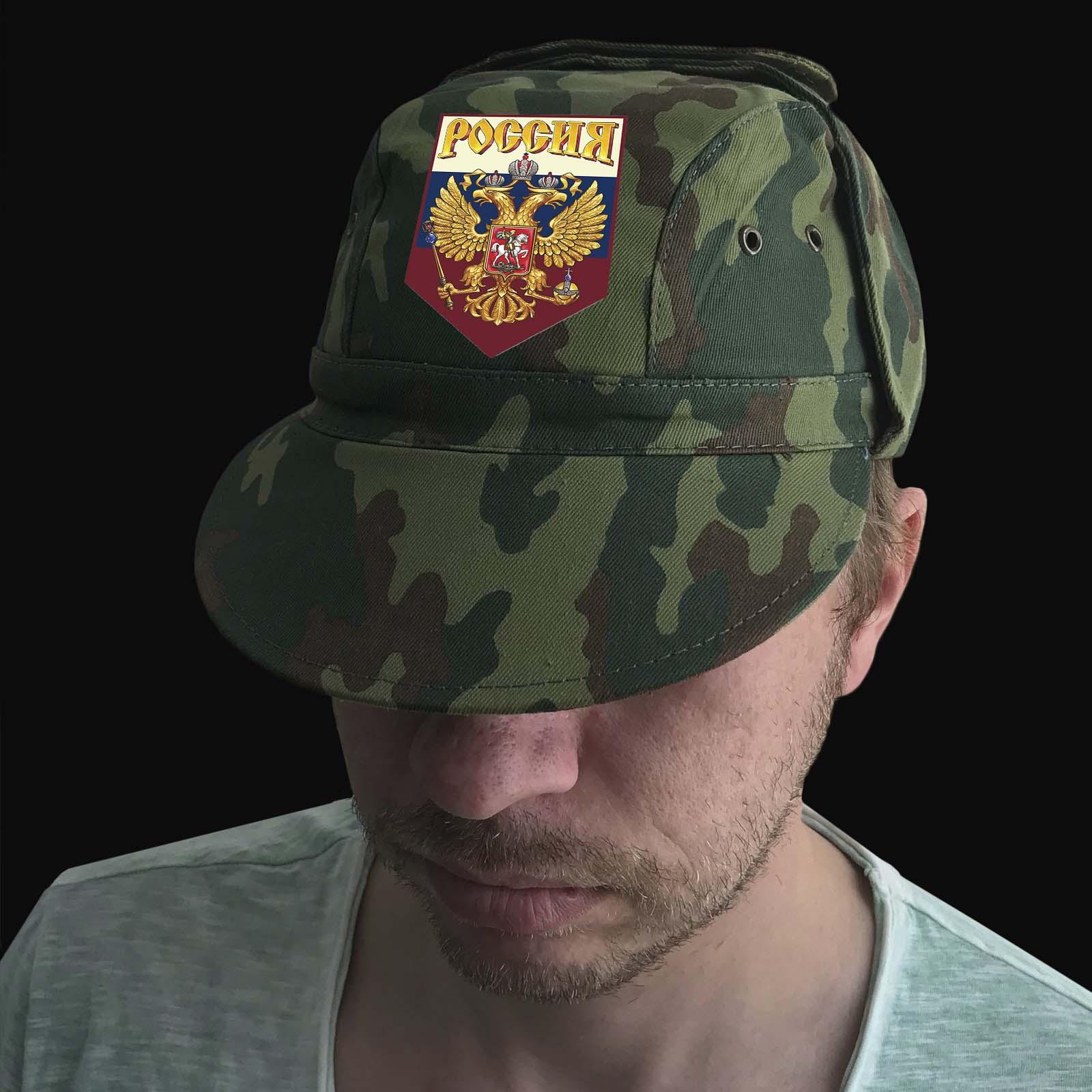 Мужская летняя кепка с гербом России