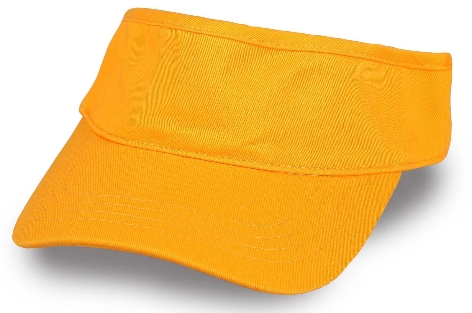 Летняя желтая кепка козырек