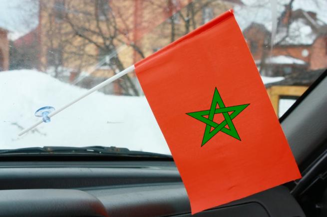 Марокканский флажок в машину