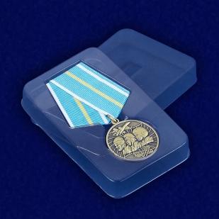 """Медаль """"100 лет Военной авиации России"""" 1912-2012 - вид в футляре"""