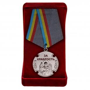 """Медаль """"Архангел Михаил. За храбрость"""" в футляре"""