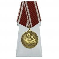 Медаль Бехтерева на подставке
